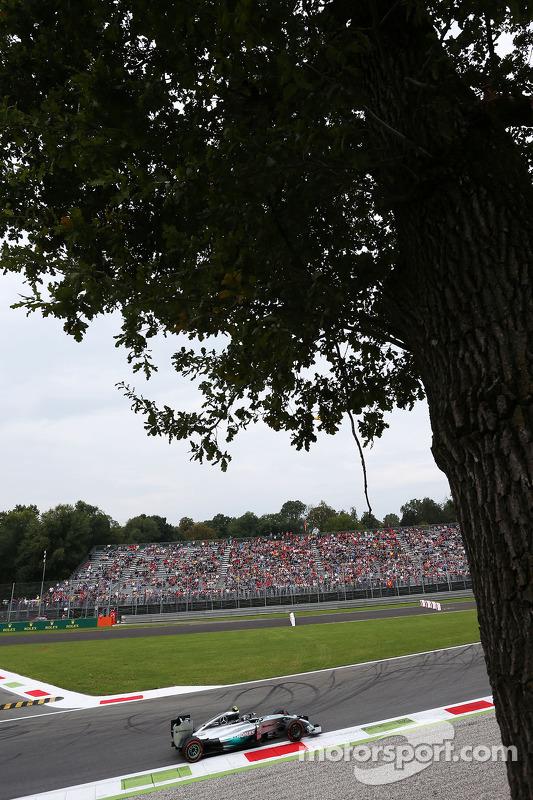 Nico Rosberg, da Mercedes AMG F1 W05