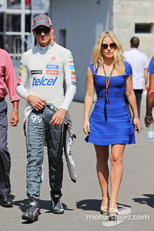 Adrian Sutil, Sauber with his girlfriend Jennifer Becks (GER)
