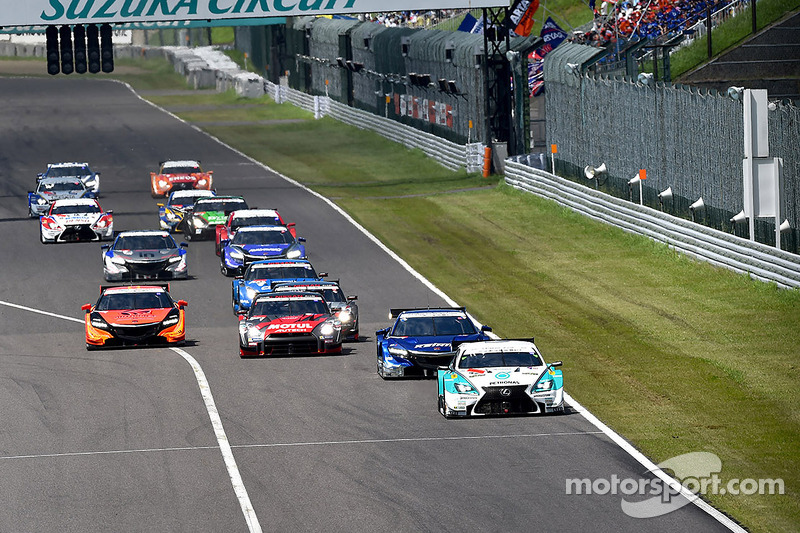 Via: #36 Lexus Team Petronas Tom's Lexus RC F: Kazuki Nakajima, James Rossiter al comando