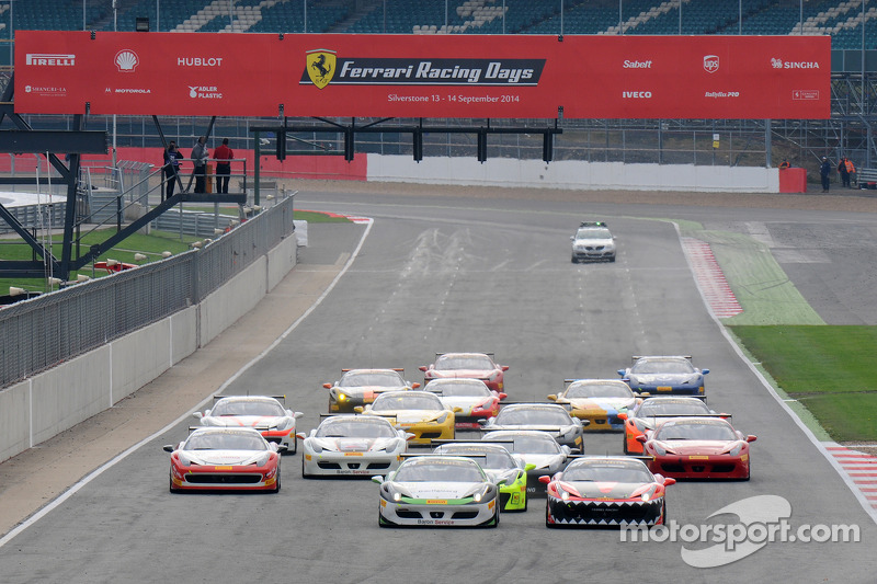 Ferrari Challenge Coppa Shell Race Start