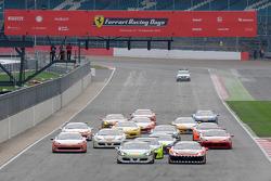 Ferrari Challenge Coppa Shell Yarış Startı