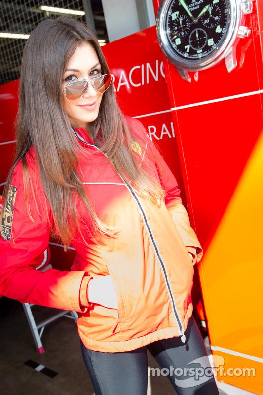 Modelo - Kessel Racing