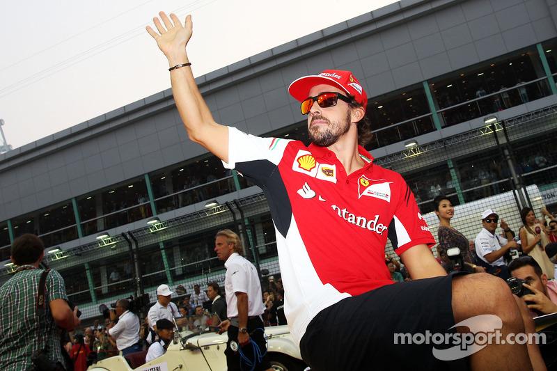 Fernando Alonso, Ferrari on the drivers parade