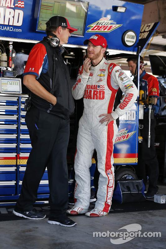 Dale Earnhardt Jr., Hendrick Motorsports Chevrolet ve ekip şefi Steve Letarte