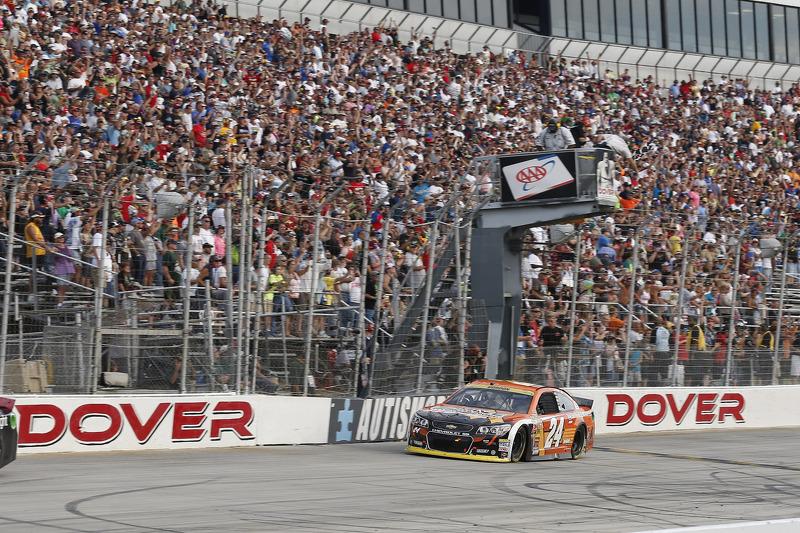 Jeff Gordon, Hendrick Motorsports Chevrolet ottiene la vittoria