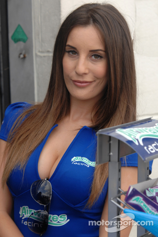 Grid Girl da Airwaves Racing
