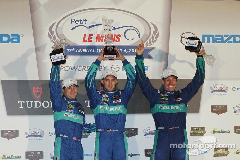 GTLM Podyum: Kazananlar Wolf Henzler, Bryan Sellers, Marco Holzer