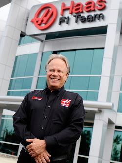 吉因·哈斯在坎纳波利斯的哈斯F1车队总部