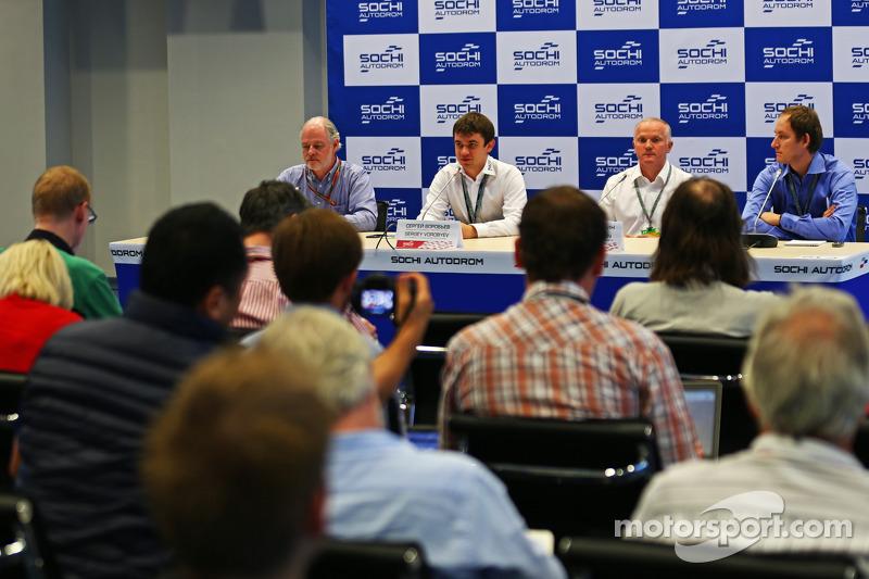 (L to R): Richard Cregan, Russian Grand Prix Consulatant; Sergey Vorobyev, Deputy General Director,