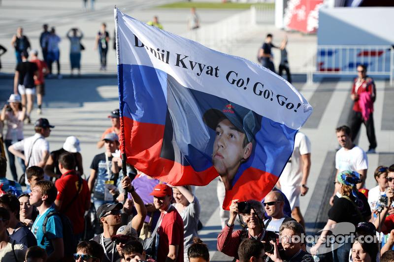A flag for Daniil Kvyat, Scuderia Toro Rosso