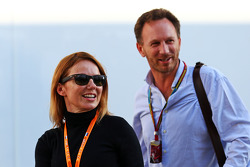 (Da sinistra a destra):: Geri Halliwell, cantante con Christian Horner, Red Bull Racing Team Principal