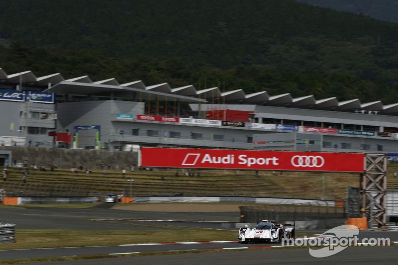 #1 Audi Sport Team Joest Audi R18 e-tron quattro: Lucas di Grassi, Loic Duval, Tom Kristensen