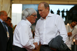 伯尼·埃克莱斯通与俄罗斯总统弗拉基米尔·普京