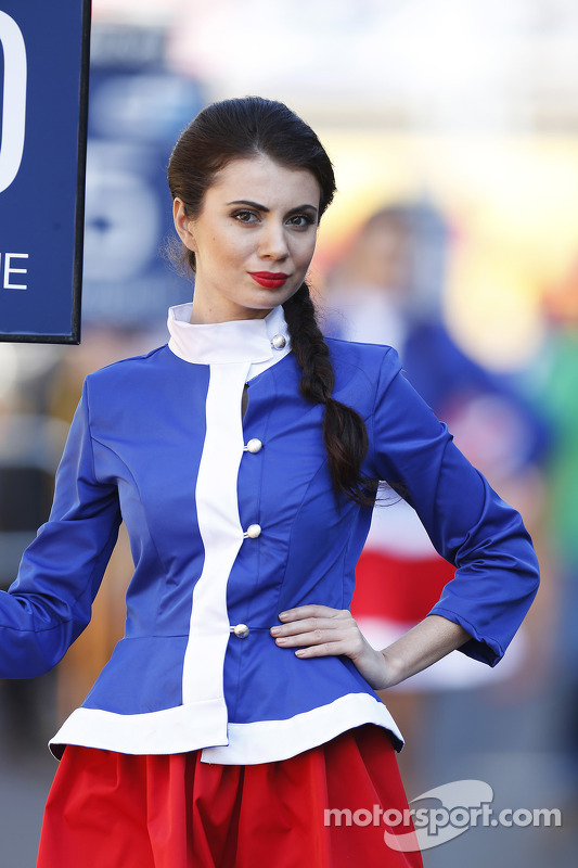 Modelo -  Sochi