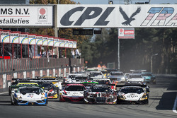 Inicio: #95 NSC Motorsports Lamborghini LFII: Peter Kox, Nicky Catsburg lider