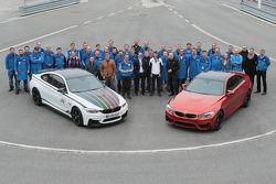 Campeón del DTM 2014 Marco Wittmann visita la fábrica de BMW