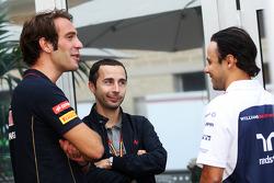 (Da sinistra a destra): Jean-Eric Vergne, Scuderia Toro Rosso con Nicolas Todt, Manager piloti e Felipe Massa, Williams