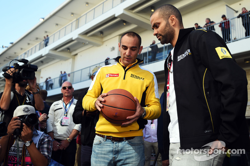 (L to R): Cyril Abiteboul, Renault Sport F1 Managing Director with Tony Parker, NBA Basketball Playe
