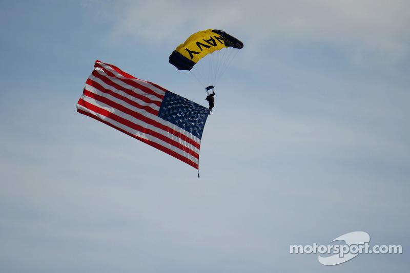 A parachutist with the USA flag