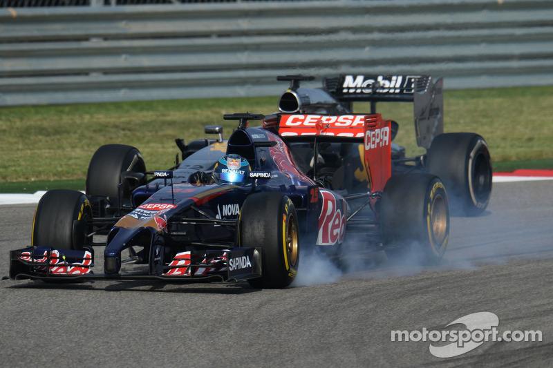 Jean-Eric Vergne, Scuderia Toro Rosso STR9 bloquea frenos