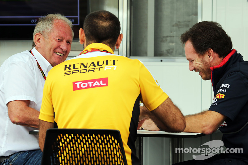 Dr Helmut Marko, Red Bull Motorsport Consultant with Cyril Abiteboul, Renault Sport F1 Managing Director and Christian Horner, Red Bull Racing Team Principal