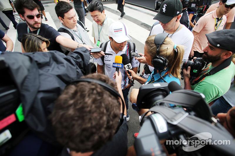 Felipe Massa, Williams, con los medios