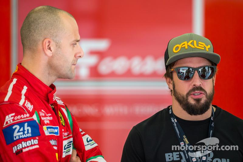 Gianmaria Bruni y Fernando Alonso