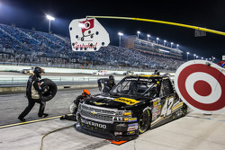 Pit stop for Kyle Larson
