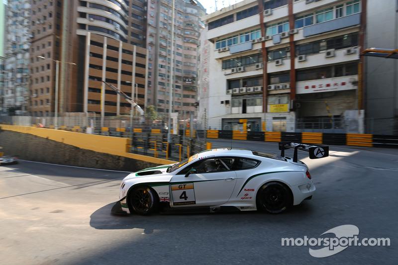 #4 Absolute 宾利 Racing 宾利 Continental GT3: 让-卡尔·瓦内
