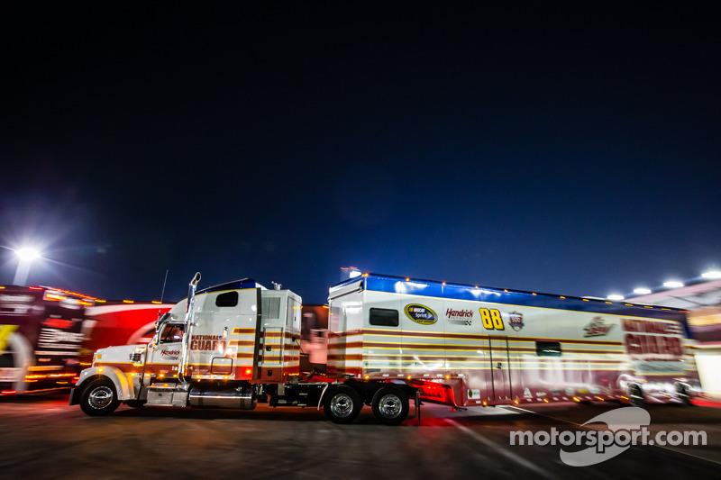 Tır: Dale Earnhardt Jr., Hendrick Motorsports Chevrolet