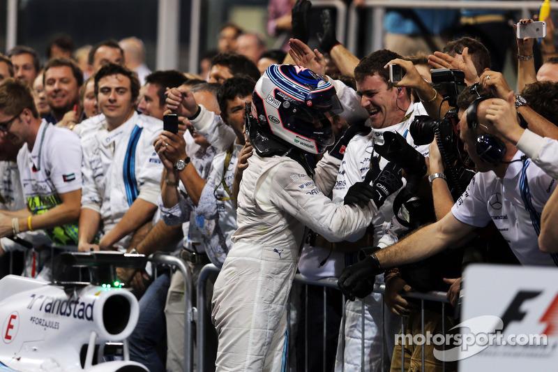 Valtteri Bottas, Williams festeggia la terza posizione con la squadra nel Parco chiuso