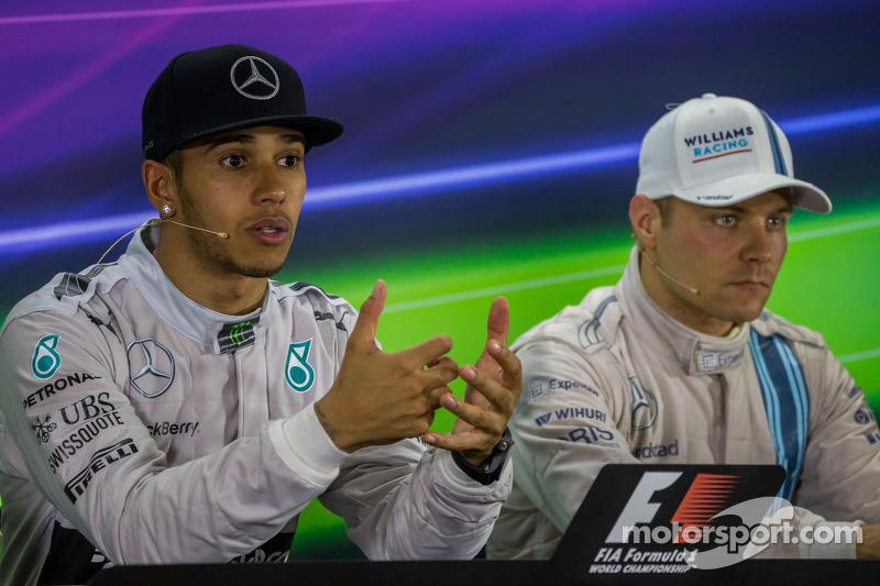 (L to R): Race winner and World Champion Lewis Hamilton, Mercedes AMG F1 with Valtteri Bottas, Willi