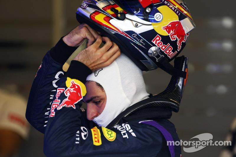 Carlos Sainz Jr., Red Bull Racing Test Pilotu