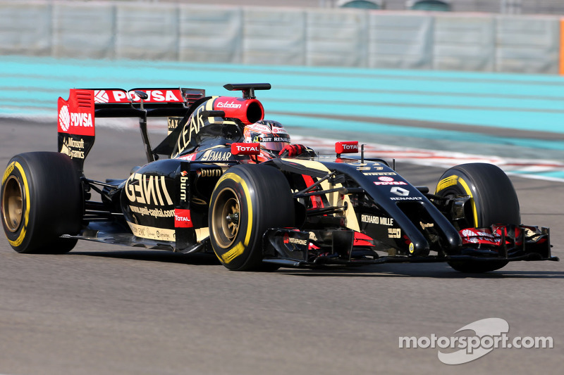 Листопад 2014 – Естебан Окон, Lotus E22 Renault