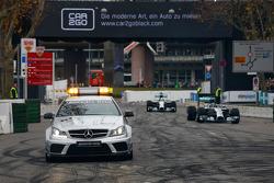 F1 güvenlik aracı