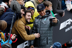 Льюис Хэмилтон. Шоу Stars and Cars от Mercedes AMG, Парад.