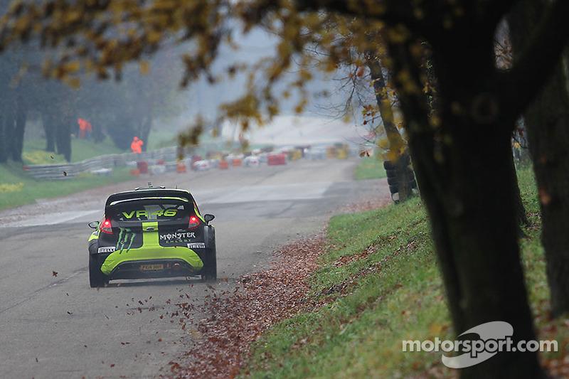 Valenteno Rossi y autolo Cassena, Ford Fiesta WRC