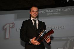 宝珀GT系列赛车手冠军劳伦斯·万索