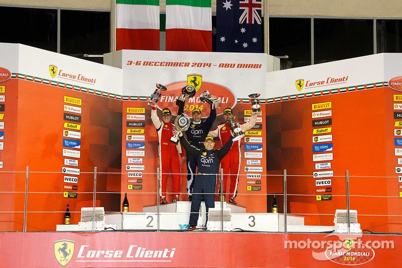 Ferrari Challenge APAC/NA 1. yarış podyumu: Yarış galibi Max Blancardi