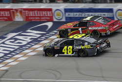 Jimmie Johnson, Hendrick Motorsports, Chevrolet Camaro Lowe's for Pros Jamie McMurray, Chip Ganassi Racing, Chevrolet Camaro McDonald's