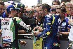 Валентино Росси, Yamaha Factory Racing, и Кэл Кратчлоу, Team LCR Honda