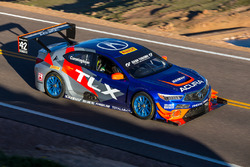 #42 Peter Cunningham, Acura TLX GT