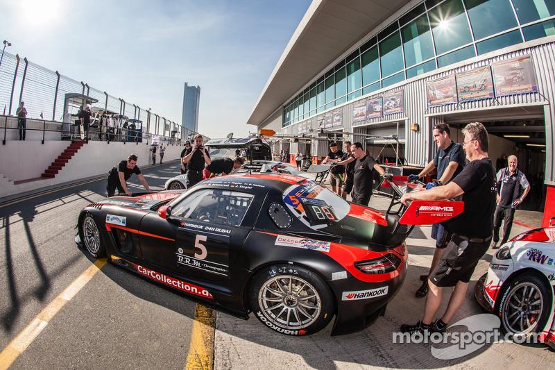 #5 Car Collection Motorsport Mercedes SLS AMG GT3: Peter Schmidt, Heinz Schmersal, Johannes Siegler,