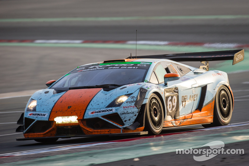 Charmant #69 Gulf Racing UK Lamborghini Gallardo LP560 GT3: Roald Goethe,  Stuart Hall