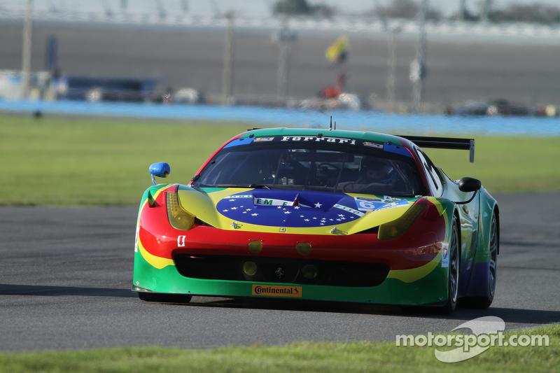 #64 Scuderia Corsa Ferrari 458 Italia: Francisco Longo, Даніель Серра