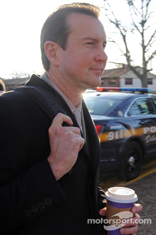 كورت بوش يصل إلى محكمة الأسرة في مقاطعة كينت لعقد جلسة استماع بخصوص تهمة الاعتداء التي رفعتها صديقته باتريشيا دريسكول