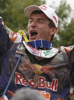 Il vincitore della categoria Moto Marc Coma