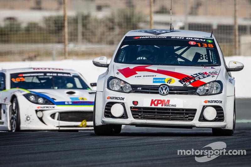 #138 KPM Racing, Volkswagen Golf: Lucas Orrock, Tom Wilson, Gosia Rdest, Javier Morcillo