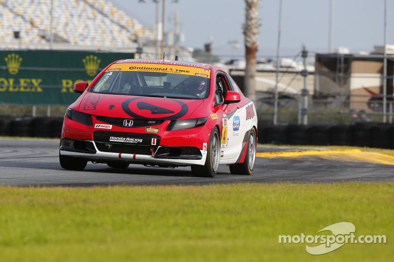#4 LRT Racing Honda Civic: Juan Leroux, Jorge Leroux