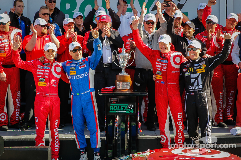 Podium: #02 Chip Ganassi, Ford/Riley: Scott Dixon, Kyle Larson, Jamie McMurray, Tony Kanaan